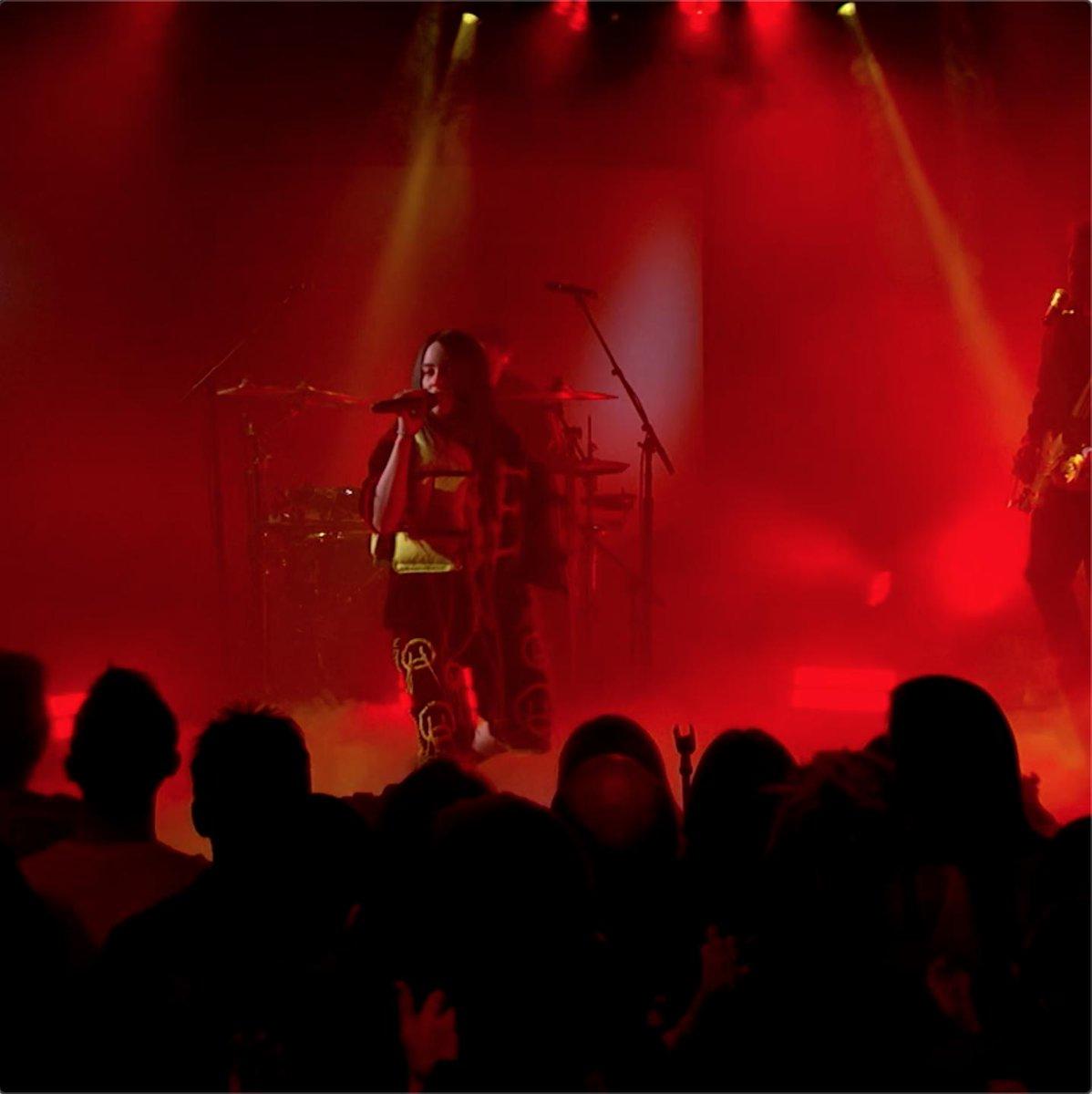 """billie eilish - Watch Billie perform """"bad guy"""" at ..."""